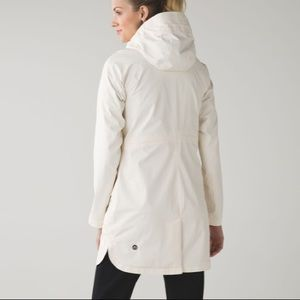 Lululemon Definitely Raining Jacket Angel Wing 8